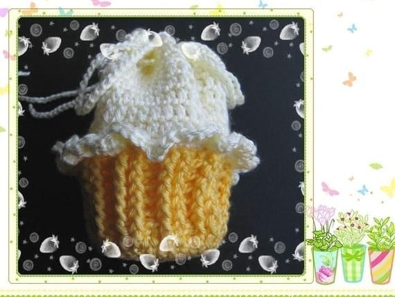 Crochet Sachet Bags : PATTERN crochet Cupcake bag gift bag Pouch Sachet by LilyKnitting