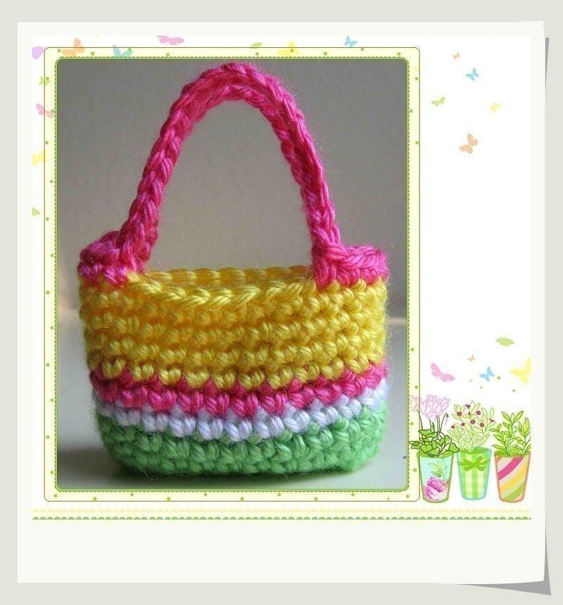 Crochet Pattern For Doll Purse : Pattern Crocheted doll purse for Blythe American Girl Gotz