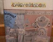 Vintage Simplicity Daisy Kingdom Nursery Noah's Ark Pattern 1991