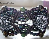 Kina macrame bracelet