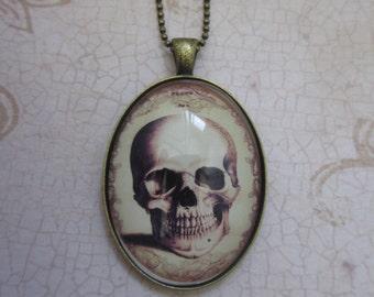 Vintage skull -Oddity necklace