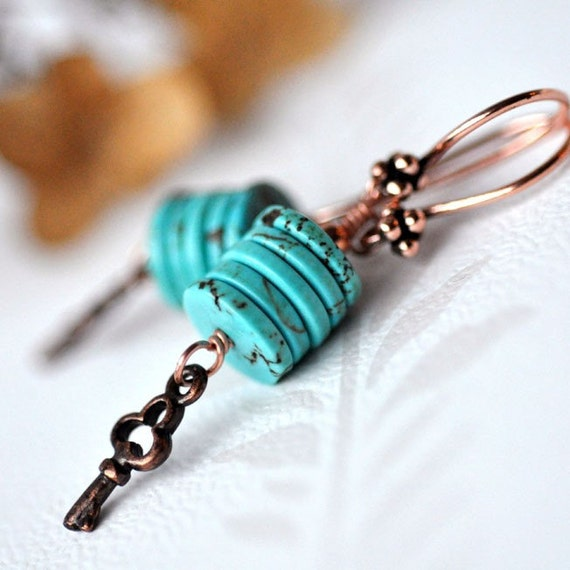 Earrings - Turquoise disc beads - Beaded - Copper key