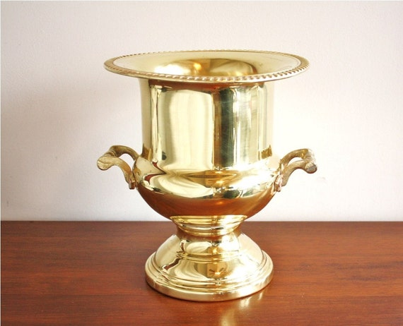 Large Vintage Brass Ice Bucket Or Champagne Bucket