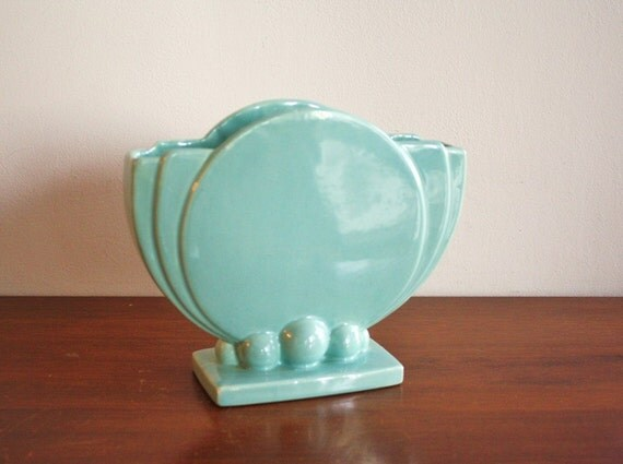 vintage art deco turquoise vase usa pottery. Black Bedroom Furniture Sets. Home Design Ideas