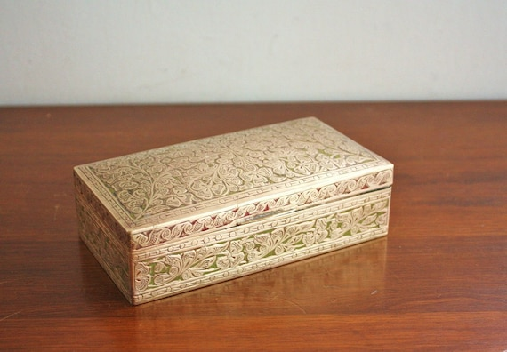 Vintage heavy brass box with lid