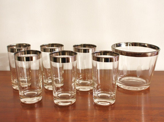 Midcentury set of 6 glasses with matching ice bucket, silver barware