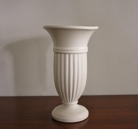 Vintage Haeger Ceramic Pedestal Vase
