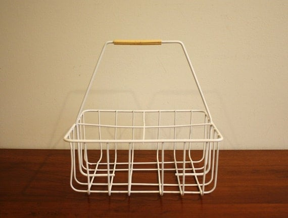 Vintage white milk crate wire grid with a by highstreetmarket