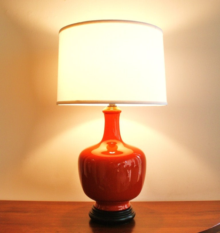 Vintage Tomato Red Ceramic Table Lamp