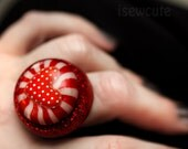 Sideshow Candy Carnival Red & White Mint Love Heart Giant Resin Dome Adjustable Ring with Real Peppermint