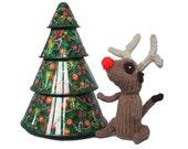 Christmas Reindeer Meerkat, knitted reindeer, rudolph meerkat, rudolf meerkat, handknitted and proud to be featured by Regretsy