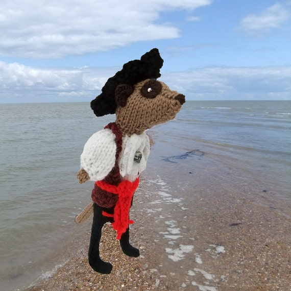 Meerkat pirate, handknitted, buccaneer, sailor, ready to sail the seven seas