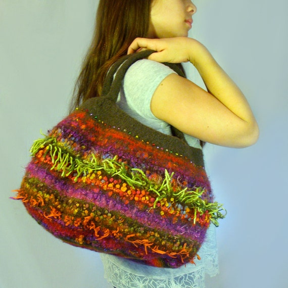 Oversized Moss Felted Bubble Bag