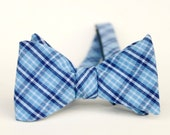 mens bow tie in blue and blue