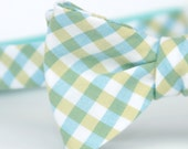 freestyle bow tie in blue and green plaid
