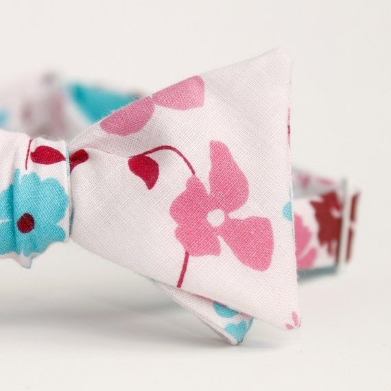 black friday/cyber monday sale-mens bow tie in happy floral
