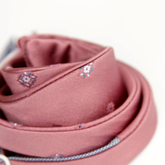 black friday/cyber monday sale-dusty rose freestyle bow tie