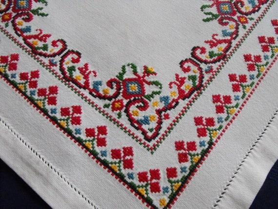 Vintage ukrainian embroidered tablecloth by vintagepleasures