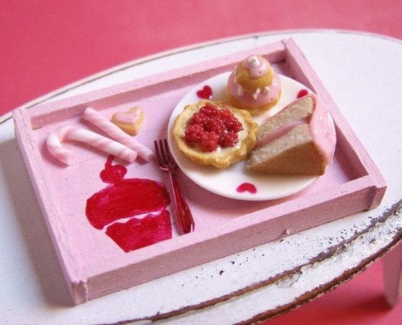 Pink Cupcake Tea Time Tray - 1/12 Miniature