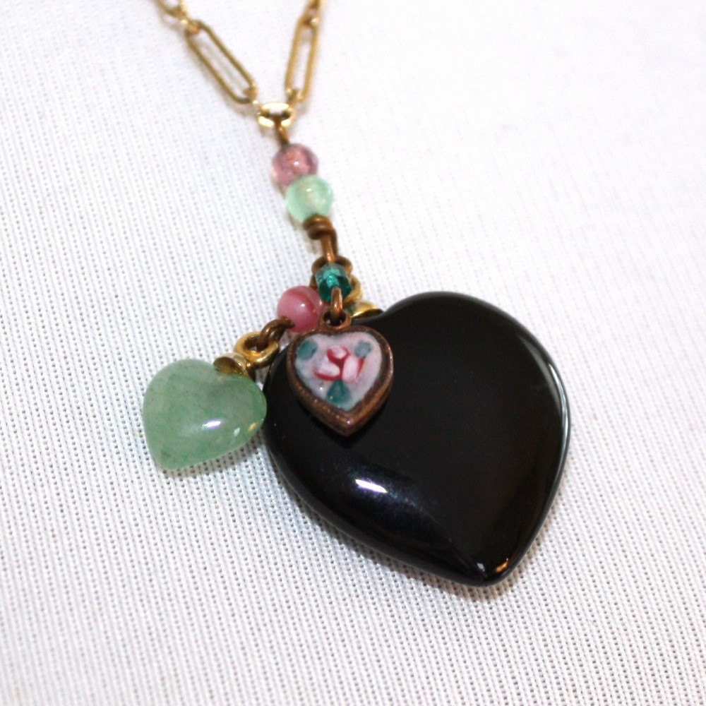 vintage lucy isaacs hearts necklace
