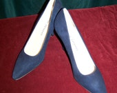 "Vintage 70's Blue Suede High Heels Shoes "" New in Box ""  Beautiful 9.5"