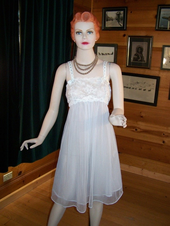 """Vintage 60's Chiffon Night Gown Knee Length Light Blue Large -Bust 38"""""""