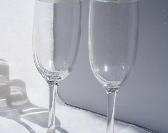 Glass champagne flutes with iridescent medium & Swarovski crystals