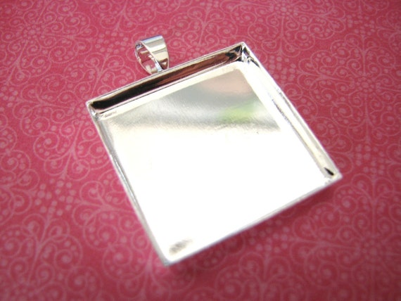 100 Blank Pendant  Squares Trays Shiny Silver Plated Bezels Settings 1 inch 25 mm