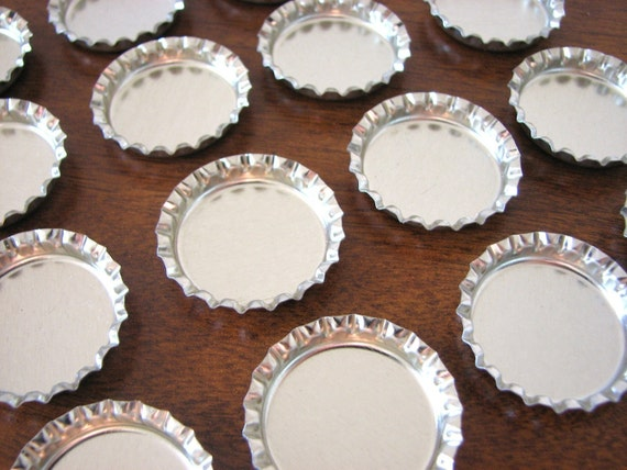 130 Shiny Silver Chrome Bottle Caps Bottlecaps No Liners for Pendant and Magnets