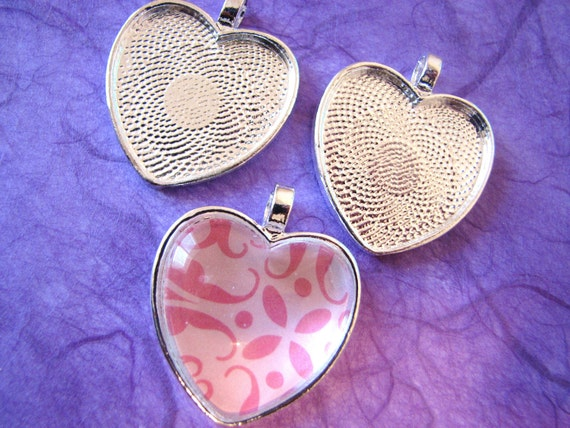 20 Silver Plated HEART Bezels Pendant Trays 25mm STURDY Valentines