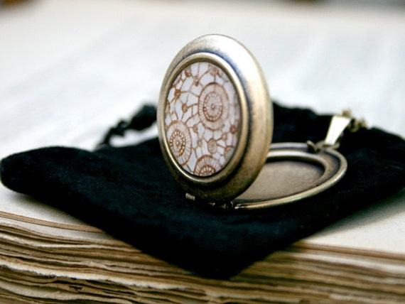 Round Art Locket Necklace - Lace Crochet Mini Watercolor print