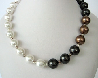Necklace - Necklace with Pearls- Shell Pearls- Gift Idea- Day and Night Fancy Pearls