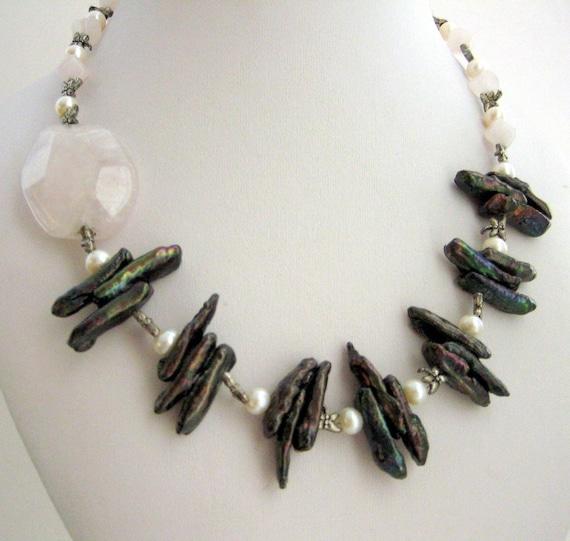 Necklace - Pearls -  Rose Quartz  - Elegant. Feminine. Spectacular piece....