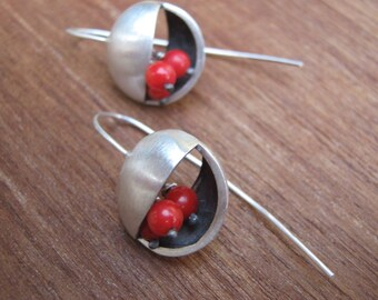 Red Coral Deco Circle Silver Earrings