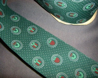 Green Holiday Vintage Fabric Ribbon 2 yards