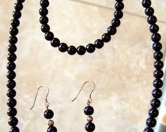 Pearls Set - Black - Necklace, bracelet and Earrings Handmade