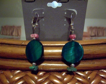 Turquise Shell Earrings with Turquoise Chip and Silver Beads