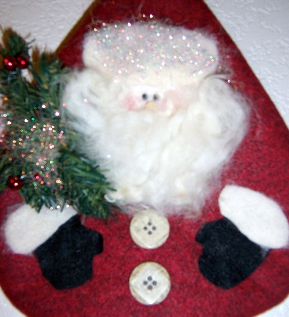 Santa Wallhanging with Evergreen Branch, Felt