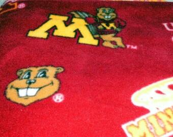 Fleece Maroon Blanket with Gopher Print