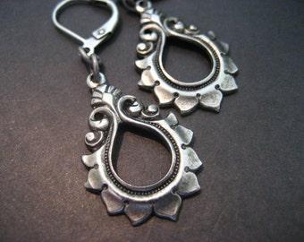 Silver Drop Earrings, Modern, Bridesmaid Earrings, Bride Earrings, Bridal, Wedding, Antique Silver Earrings, Tear Drop