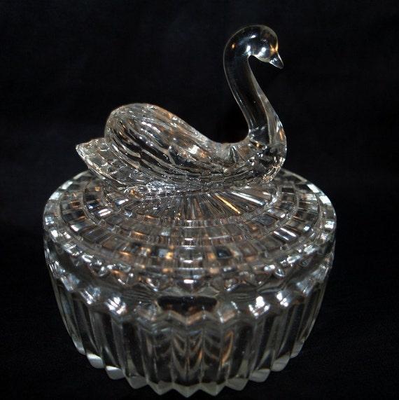 Swan glass powder dish