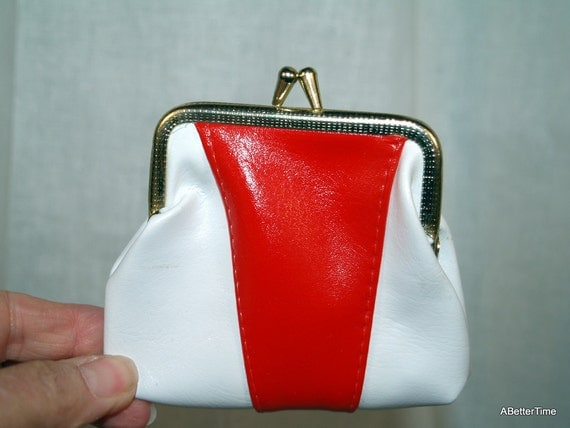 Patent change purse red and white