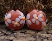 AZ Lampwork Handmade Coral White Daisy Floral Lentil Glass Beads Pair BHV SRA