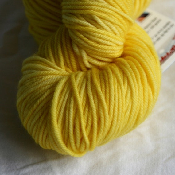 Semi-Solid Yarn - Souvenir - Daffodil