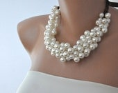 Chunky Pearl Bridal Necklace,Ivory Pearl Choker Necklace, Wedding Necklace Bridal Jewelry , Ivory  Pearl  Necklace ,Statement Necklace