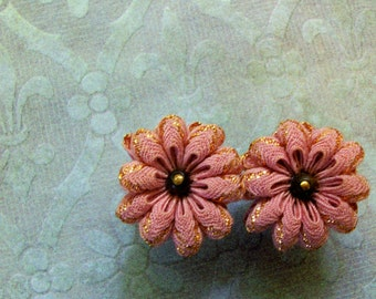 SALE - Vintage Earrings Blush Pink Darling Feminine Flowers Screw Backs