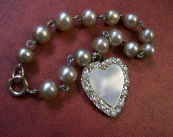 Vintage Faux Pearl and Shell Bracelet Charming Feminine