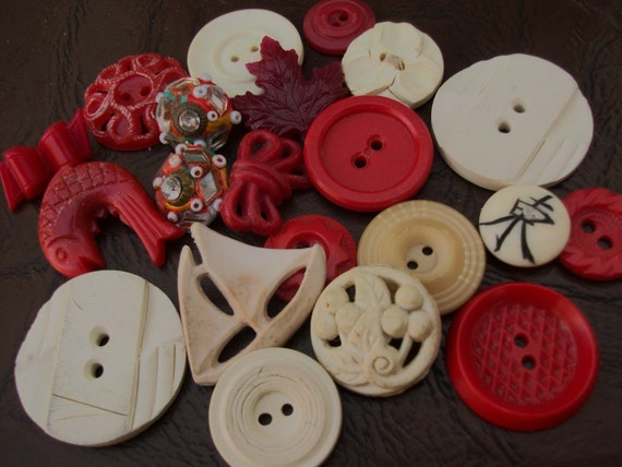 SALE Was 5.95 - Now 4.95 Vintage Button Lot RedCream Mirrored Beaded Great Textures and Shapes
