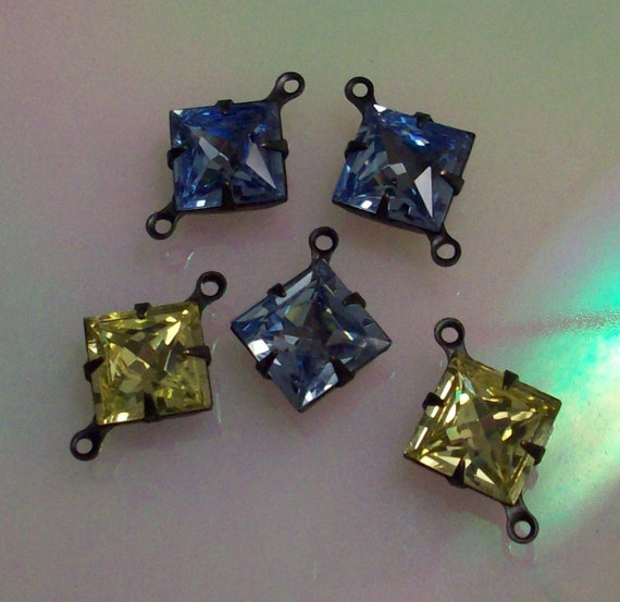 10mm Lavendel or Lavender vintage swarovski jewels Jonquil jewels set in 2 ring blackened brass settings rare colors