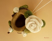 WHITE ROSE HOUSE, Fairy- Nest,  Elf- Home: felted decoration,  waldorf toy